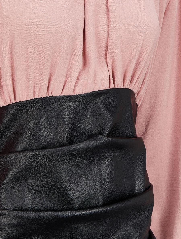 Robe bi-matière drapée à col montant - rose poudré image number null