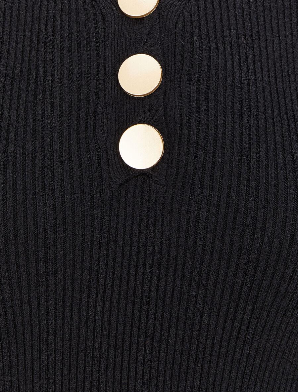 Pull côtelé à col V boutonné - noir image number null